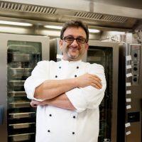 Hossein Fayazpour, Küchenchef einer Landeserstaufnahmestellein Karlsruhe